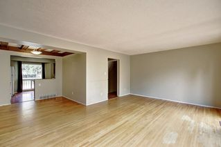 Photo 13: 11137 SACRAMENTO Drive SW in Calgary: Southwood Semi Detached for sale : MLS®# C4270642