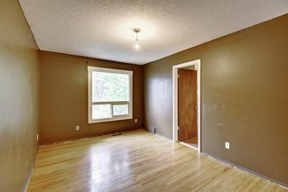 Photo 18: 11137 SACRAMENTO Drive SW in Calgary: Southwood Semi Detached for sale : MLS®# C4270642