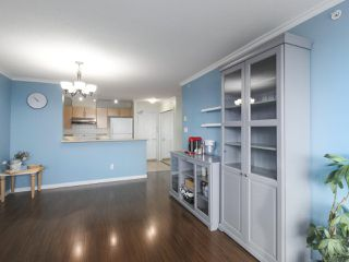 "Photo 5: 1502 6659 SOUTHOAKS Crescent in Burnaby: Highgate Condo for sale in ""GEMINI II"" (Burnaby South)  : MLS®# R2427776"