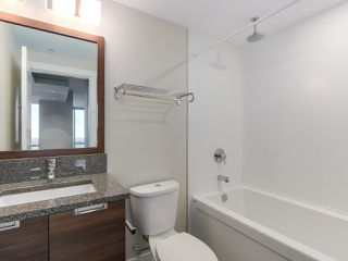 "Photo 14: 1901 2968 GLEN Drive in Coquitlam: North Coquitlam Condo for sale in ""GC2"" : MLS®# R2436433"