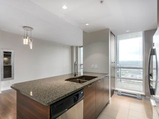 "Photo 7: 1901 2968 GLEN Drive in Coquitlam: North Coquitlam Condo for sale in ""GC2"" : MLS®# R2436433"