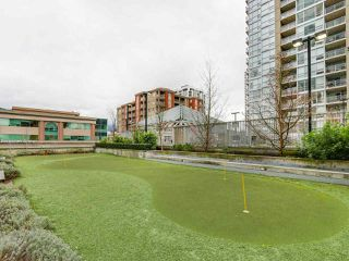 "Photo 19: 1901 2968 GLEN Drive in Coquitlam: North Coquitlam Condo for sale in ""GC2"" : MLS®# R2436433"