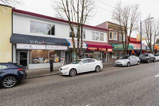Photo 2: 6035 FRASER Street in Vancouver: South Vancouver Multi-Family Commercial for sale (Vancouver East)  : MLS®# C8033154