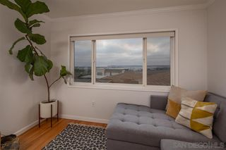 Photo 10: MISSION HILLS Condo for sale : 1 bedrooms : 3021 Columbia Street in San Diego
