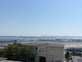 Photo 3: MISSION HILLS Condo for sale : 1 bedrooms : 3021 Columbia Street in San Diego