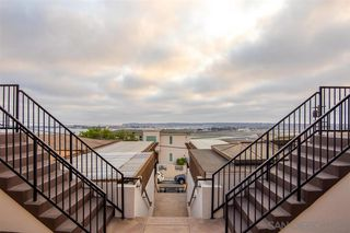 Photo 2: MISSION HILLS Condo for sale : 1 bedrooms : 3021 Columbia Street in San Diego