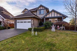 """Photo 1: 35408 NAKISKA Court in Abbotsford: Abbotsford East House for sale in """"Sandyhill"""" : MLS®# R2522244"""