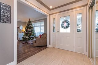 """Photo 4: 35408 NAKISKA Court in Abbotsford: Abbotsford East House for sale in """"Sandyhill"""" : MLS®# R2522244"""