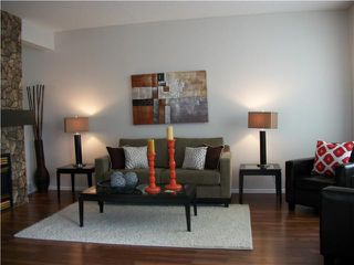Photo 3: 48 SHAWBROOKE Court SW in CALGARY: Shawnessy Townhouse for sale (Calgary)  : MLS®# C3434616