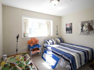 Photo 10: 280 E 16TH Avenue in Vancouver: Main House 1/2 Duplex for sale (Vancouver East)  : MLS®# V849607