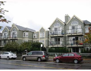 "Photo 1: 306 876 W 16TH Avenue in Vancouver: Cambie Condo for sale in ""WOODFORD PLACE"" (Vancouver West)  : MLS®# V740320"