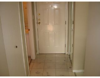 "Photo 2: 306 876 W 16TH Avenue in Vancouver: Cambie Condo for sale in ""WOODFORD PLACE"" (Vancouver West)  : MLS®# V740320"