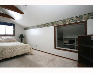 Photo 8: 215 Railway Avenue: Dalemead Residential Detached Single Family for sale : MLS®# C3365011