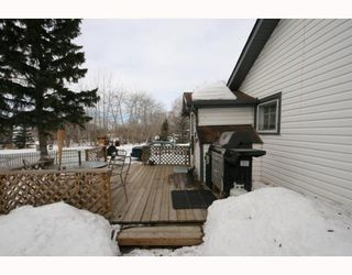 Photo 11: 215 Railway Avenue: Dalemead Residential Detached Single Family for sale : MLS®# C3365011