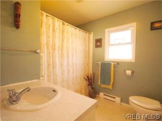 Photo 13: 1 2871 Peatt Rd in VICTORIA: La Langford Proper Row/Townhouse for sale (Langford)  : MLS®# 499885