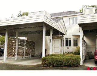 "Photo 1: 25 7560 138TH Street in Surrey: East Newton Townhouse for sale in ""Parkside"" : MLS®# F2909640"