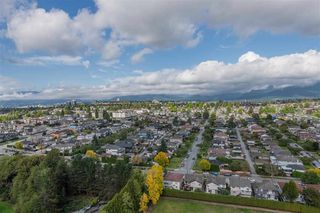 Photo 13: 2201 4425 HALIFAX Street in Burnaby: Brentwood Park Condo for sale (Burnaby North)  : MLS®# R2411600