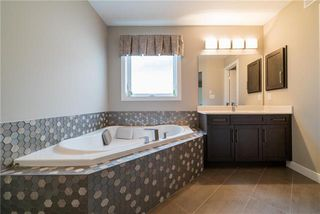 Photo 12: 46 Wainwright Crescent in Winnipeg: River Park South Residential for sale (2F)  : MLS®# 1932243