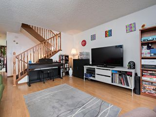Photo 4: 8556 38A Avenue in Edmonton: Zone 29 Townhouse for sale : MLS®# E4182300