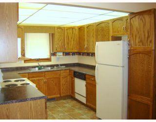 Photo 3: 50 BURDICK Place in WINNIPEG: Maples / Tyndall Park Residential for sale (North West Winnipeg)  : MLS®# 2915872
