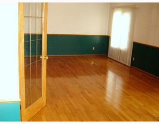Photo 4: 50 BURDICK Place in WINNIPEG: Maples / Tyndall Park Residential for sale (North West Winnipeg)  : MLS®# 2915872