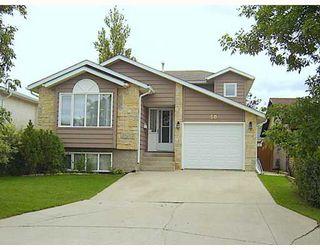 Photo 1: 50 BURDICK Place in WINNIPEG: Maples / Tyndall Park Residential for sale (North West Winnipeg)  : MLS®# 2915872