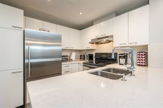 "Photo 5: 404 1989 DUNBAR Street in Vancouver: Kitsilano Condo for sale in ""SONESTA"" (Vancouver West)  : MLS®# R2464322"