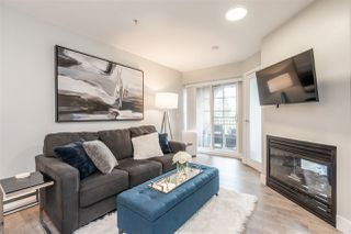 "Photo 2: 404 1989 DUNBAR Street in Vancouver: Kitsilano Condo for sale in ""SONESTA"" (Vancouver West)  : MLS®# R2464322"
