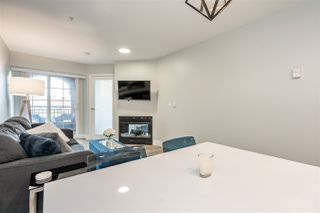 "Photo 4: 404 1989 DUNBAR Street in Vancouver: Kitsilano Condo for sale in ""SONESTA"" (Vancouver West)  : MLS®# R2464322"