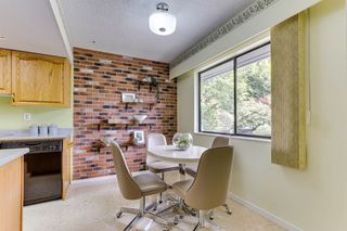 """Photo 12: 3813 PENTLAND Court in Burnaby: Government Road Townhouse for sale in """"WILTSHIRE VILLAGE"""" (Burnaby North)  : MLS®# R2469995"""