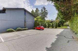 """Photo 30: 3813 PENTLAND Court in Burnaby: Government Road Townhouse for sale in """"WILTSHIRE VILLAGE"""" (Burnaby North)  : MLS®# R2469995"""