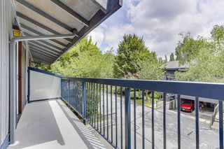"""Photo 18: 3813 PENTLAND Court in Burnaby: Government Road Townhouse for sale in """"WILTSHIRE VILLAGE"""" (Burnaby North)  : MLS®# R2469995"""
