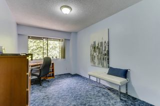 """Photo 19: 3813 PENTLAND Court in Burnaby: Government Road Townhouse for sale in """"WILTSHIRE VILLAGE"""" (Burnaby North)  : MLS®# R2469995"""