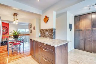 Photo 9: 114 Glamis Terrace SW in Calgary: Glamorgan Row/Townhouse for sale : MLS®# C4305468