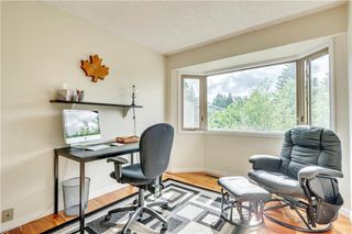 Photo 14: 114 Glamis Terrace SW in Calgary: Glamorgan Row/Townhouse for sale : MLS®# C4305468