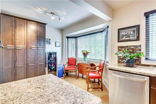 Photo 11: 114 Glamis Terrace SW in Calgary: Glamorgan Row/Townhouse for sale : MLS®# C4305468