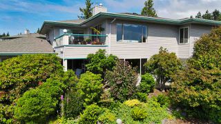 """Photo 6: 8 554 EAGLECREST Drive in Gibsons: Gibsons & Area Townhouse for sale in """"Georgia Mirage"""" (Sunshine Coast)  : MLS®# R2474537"""