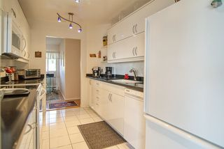 """Photo 17: 8 554 EAGLECREST Drive in Gibsons: Gibsons & Area Townhouse for sale in """"Georgia Mirage"""" (Sunshine Coast)  : MLS®# R2474537"""