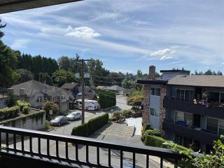 "Photo 10: 208 33956 ESSENDENE Avenue in Abbotsford: Central Abbotsford Condo for sale in ""Hillcrest Manor"" : MLS®# R2490078"