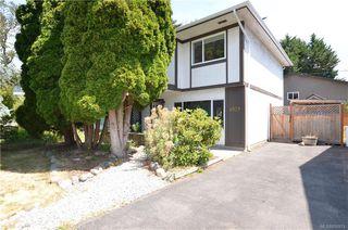 Photo 1: 4039 Magdelin St in : SE Gordon Head Half Duplex for sale (Saanich East)  : MLS®# 858974