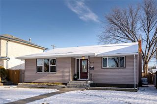 Photo 1: 656 Cordova Street in Winnipeg: River Heights Residential for sale (1D)  : MLS®# 202028811