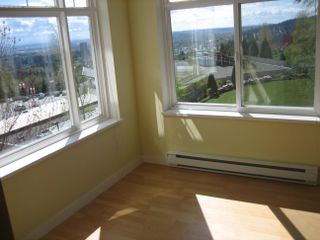"""Photo 7: 311 1420 PARKWAY Boulevard in Coquitlam: Westwood Plateau Condo for sale in """"TALISMAN"""" : MLS®# V819662"""