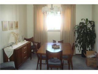 Photo 4: 53 Nichol Avenue in WINNIPEG: St Vital Residential for sale (South East Winnipeg)  : MLS®# 1010255