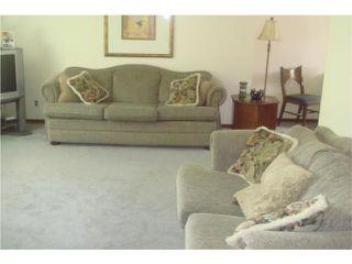 Photo 2: 53 Nichol Avenue in WINNIPEG: St Vital Residential for sale (South East Winnipeg)  : MLS®# 1010255