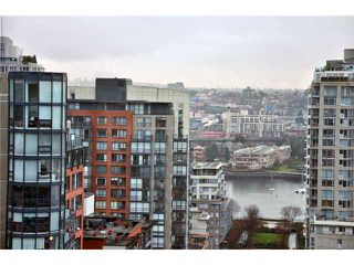 "Photo 3: 2006 388 DRAKE Street in Vancouver: Downtown VW Condo for sale in ""GOVERNORS TOWER"" (Vancouver West)  : MLS®# V865201"