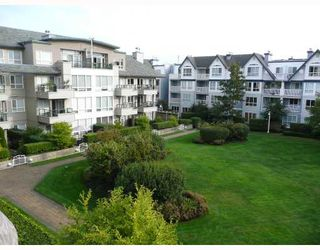 "Photo 8: 303 5800 ANDREWS Road in Richmond: Steveston South Condo for sale in ""THE VILLAS AT SOUTHCOVE"" : MLS®# V737479"