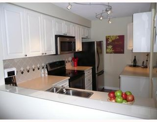 "Photo 2: 303 5800 ANDREWS Road in Richmond: Steveston South Condo for sale in ""THE VILLAS AT SOUTHCOVE"" : MLS®# V737479"