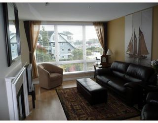 "Photo 4: 303 5800 ANDREWS Road in Richmond: Steveston South Condo for sale in ""THE VILLAS AT SOUTHCOVE"" : MLS®# V737479"
