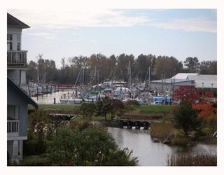 "Photo 10: 303 5800 ANDREWS Road in Richmond: Steveston South Condo for sale in ""THE VILLAS AT SOUTHCOVE"" : MLS®# V737479"