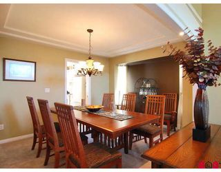 "Photo 5: 9266 207TH Street in Langley: Walnut Grove House for sale in ""GREENWOOD"" : MLS®# F2831840"